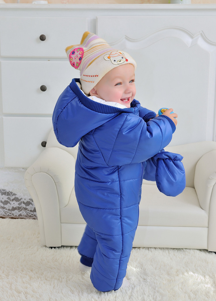 baby-extra-warm-winter-outerwear-hoodie-jumpsuit-with-gloves-10