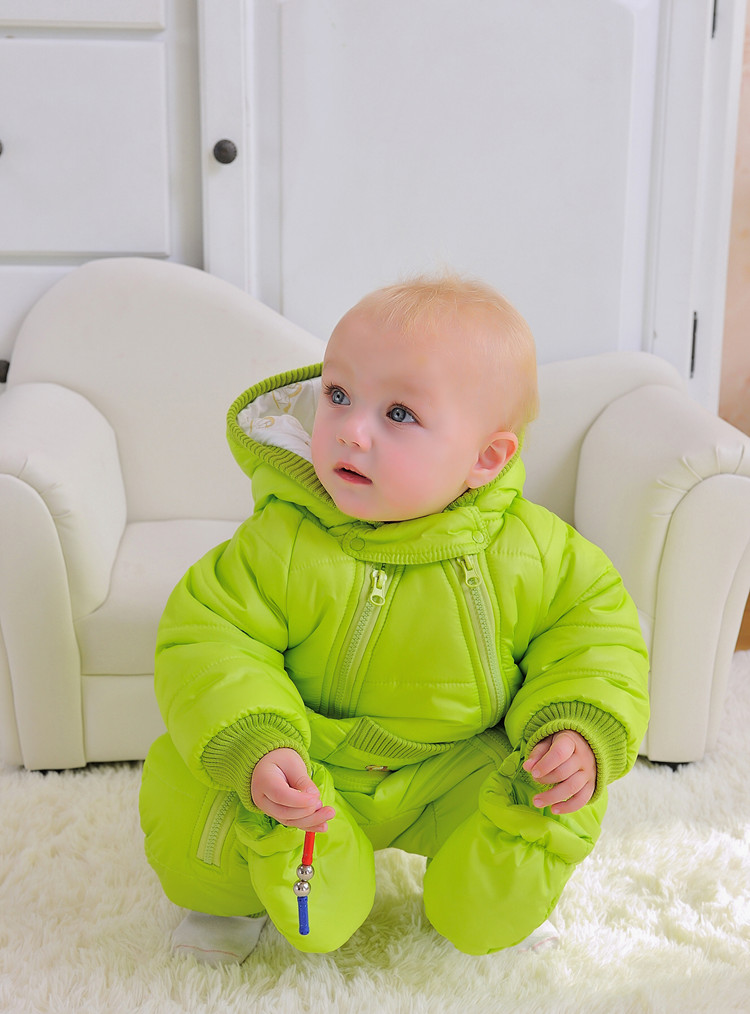 baby-extra-warm-winter-outerwear-hoodie-jumpsuit-with-gloves-11